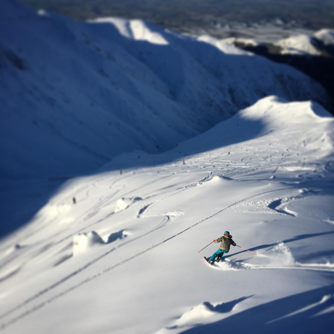 @bridgetwilliams8 Snow Sista Photos of the Week. Snowboarder skier