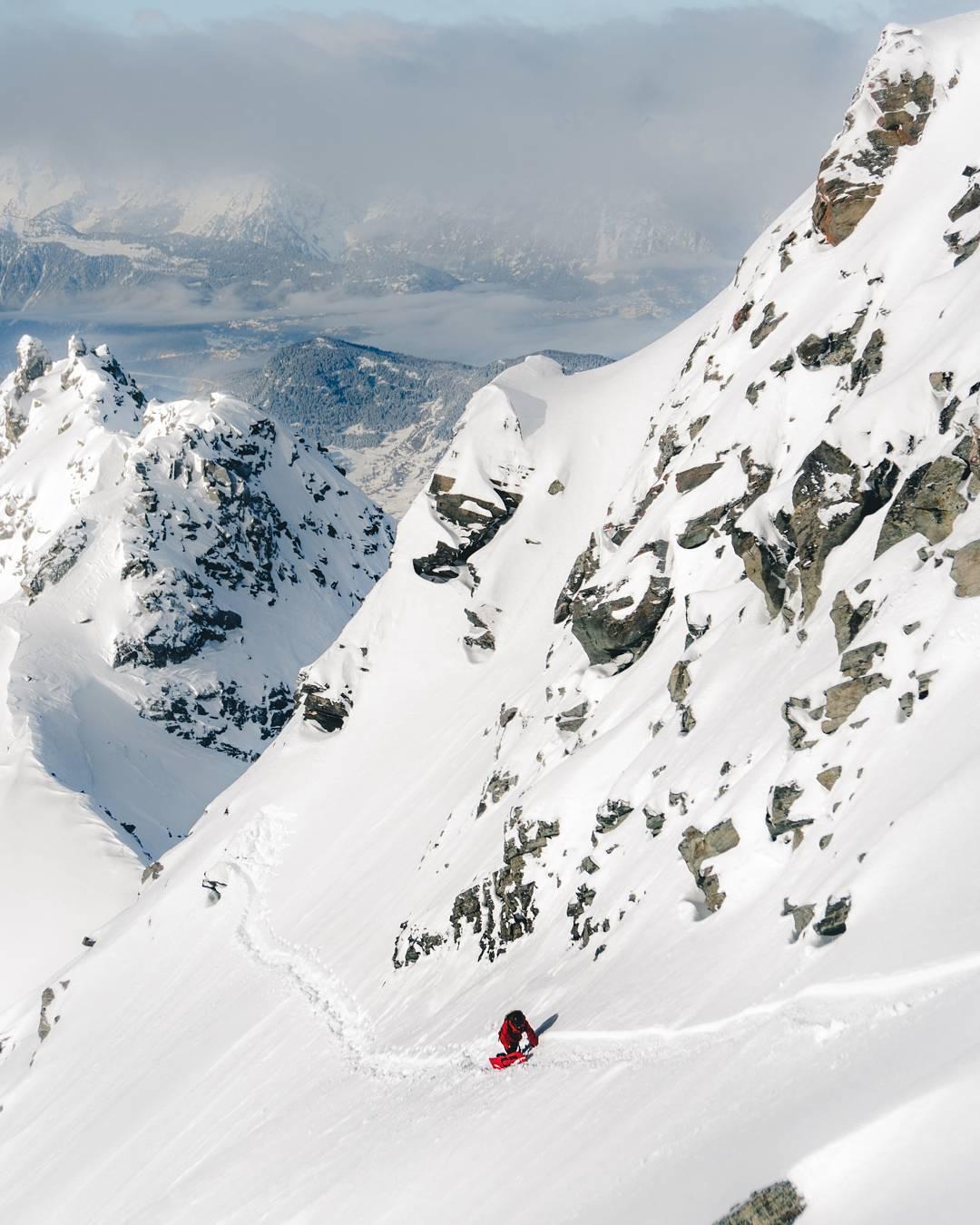 @johnhorsfall Snowfall in the Alps this week