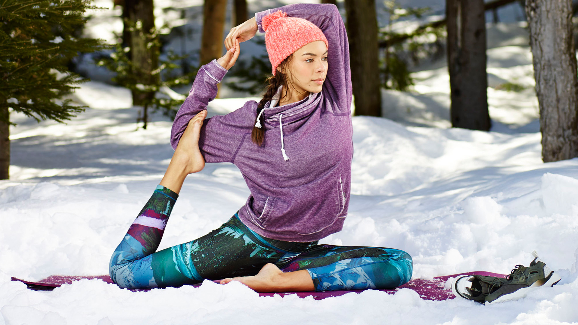 yoga New Year Resolutions for Girl Skiers and Snowboarders